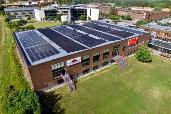 Solceller på Täby Enskilda Gymnasium