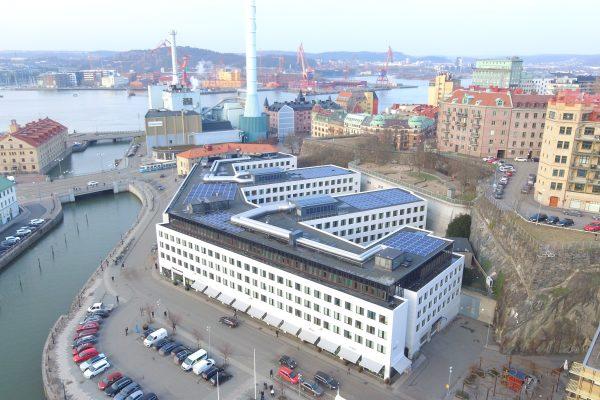 Save by Solar installerar solceller åt Novi Real Estate och SEB Trygg Liv Inom Vallgraven i Göteborg.