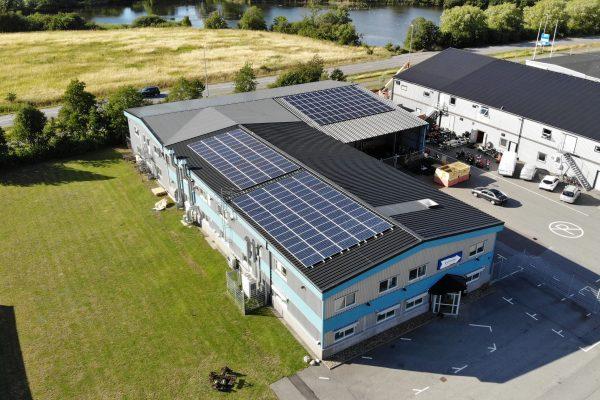 Save by Solar har installerat solceller åt Collinder Märksystem i Lomma.
