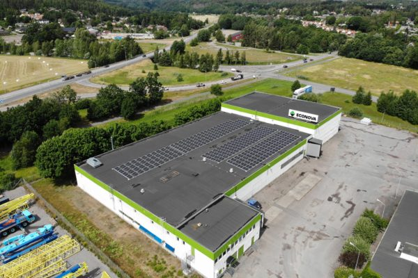 Econova har installerat solceller med Save by Solar